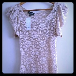 Bebe Nude Floral Lace Puffy Sleeves Top